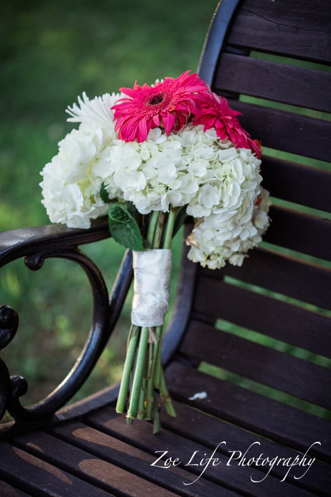 A bouquet of flowers, wedding photography