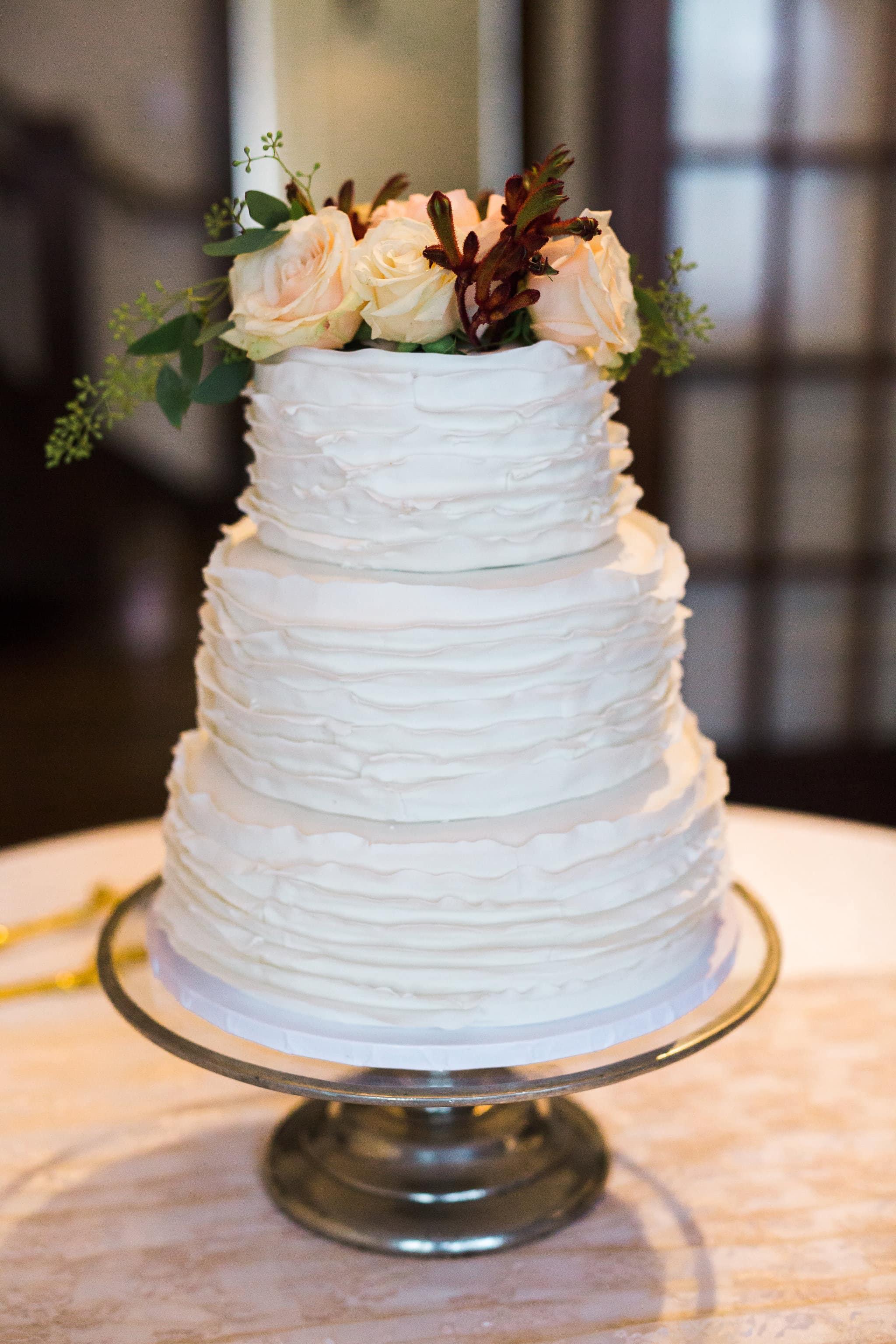 St. Louis Wedding Photographer, Plain Wedding Cake