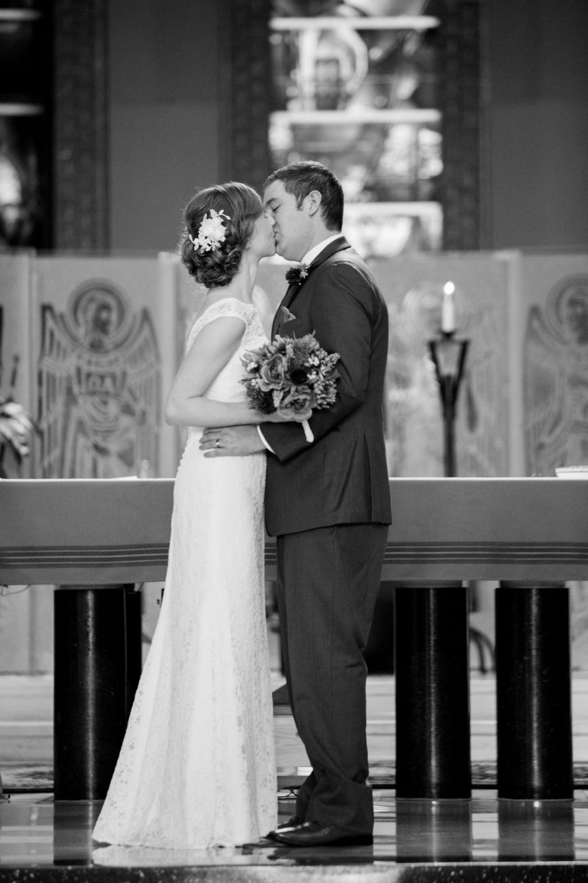 Catholic Mass Wedding Photographer, Saint Louis
