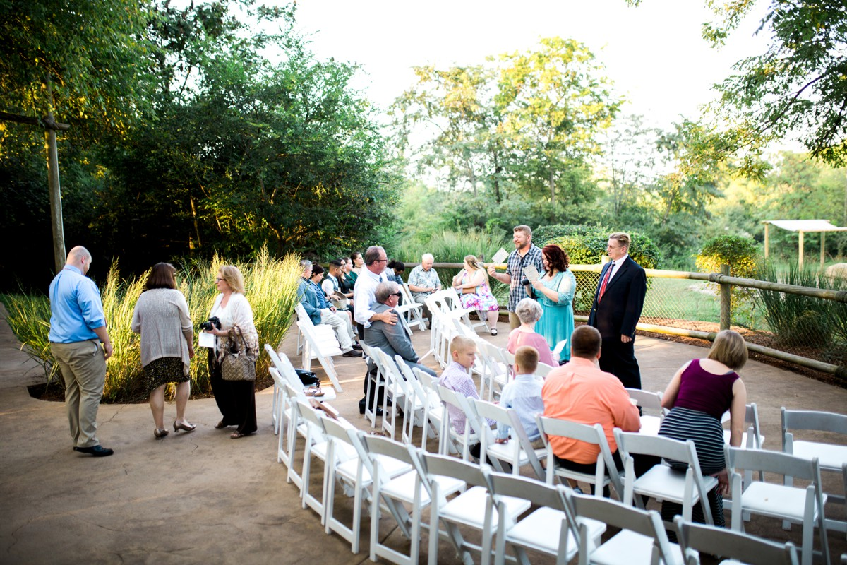 Venue Name Nashville Zoo At Grmere Photography Zoe Life Hair Stylist The Beauty Hall Make Up Artist Florist Bride