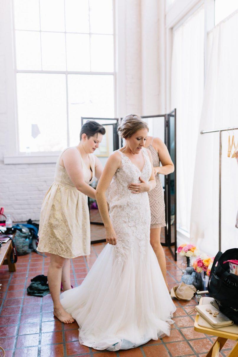 Saint Louis Wedding Photography, Bride Getting Ready