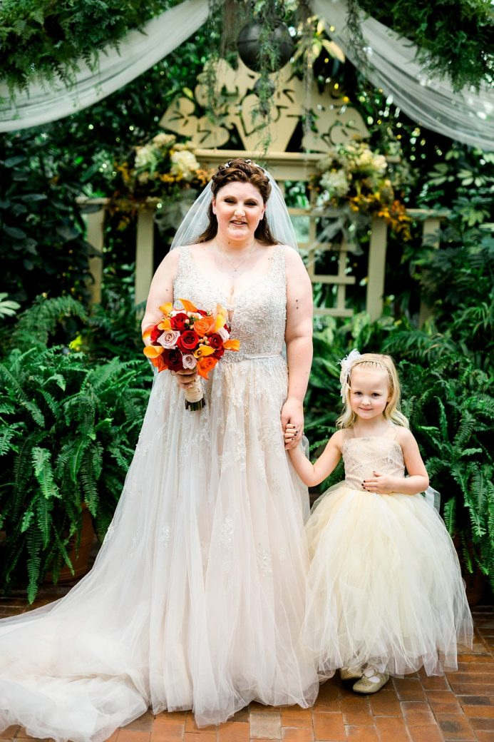 Bride and Flower Girl, Wedding Photography Poses, St. Louis Wedding Photographer