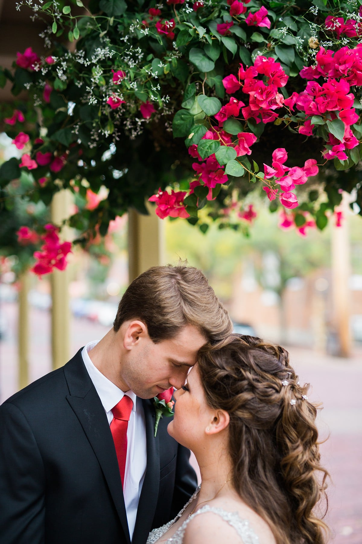 Bride and Groom Portrait, Bride and Groom Poses, Wedding Photography Poses, St. Louis Wedding Photographer