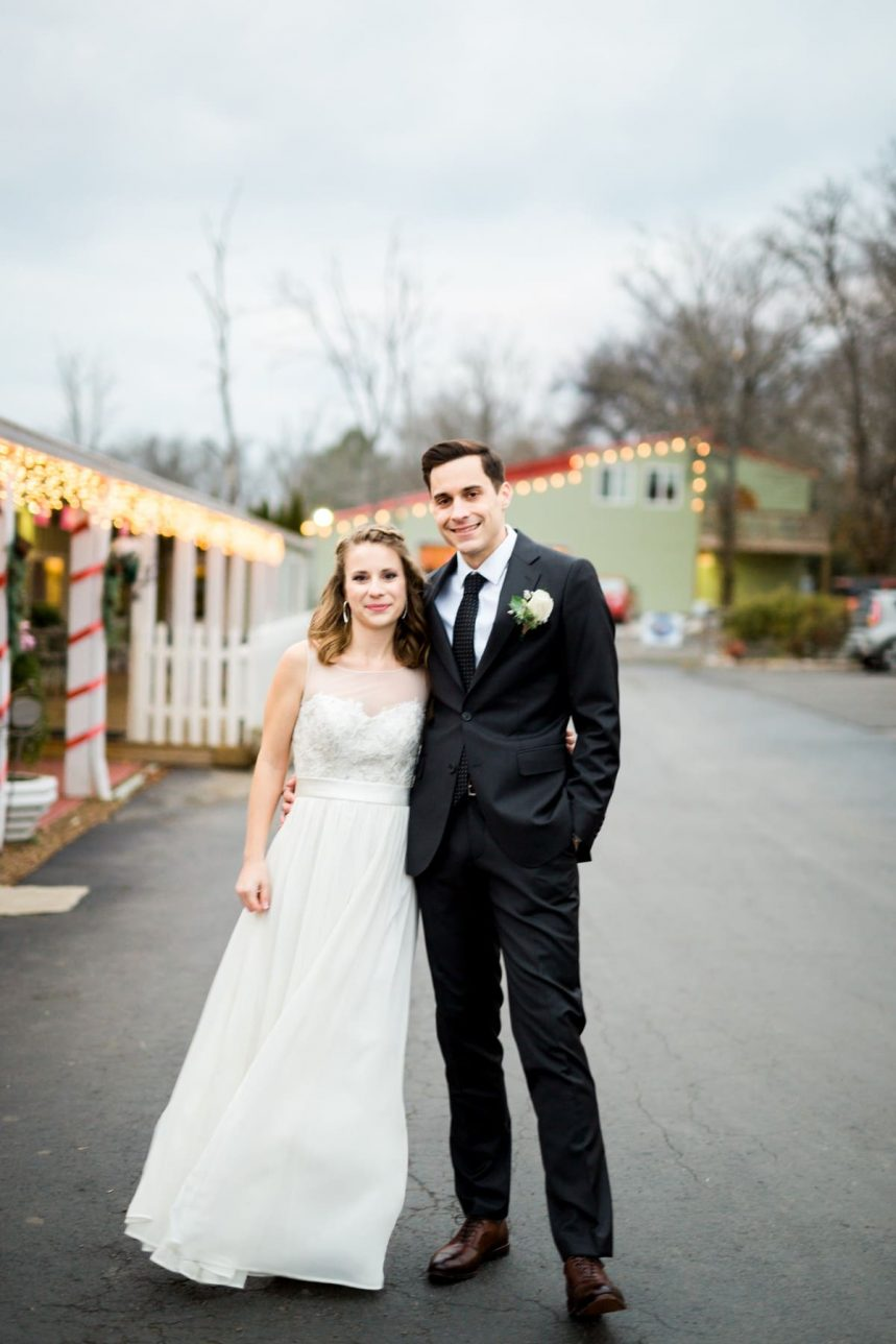 Nashville Wedding Photographer, Bell Buckle Banquet Hall Wedding