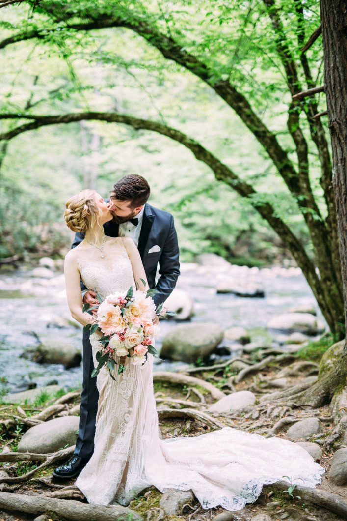 Gatlinburg TN Wedding Photographer_0688