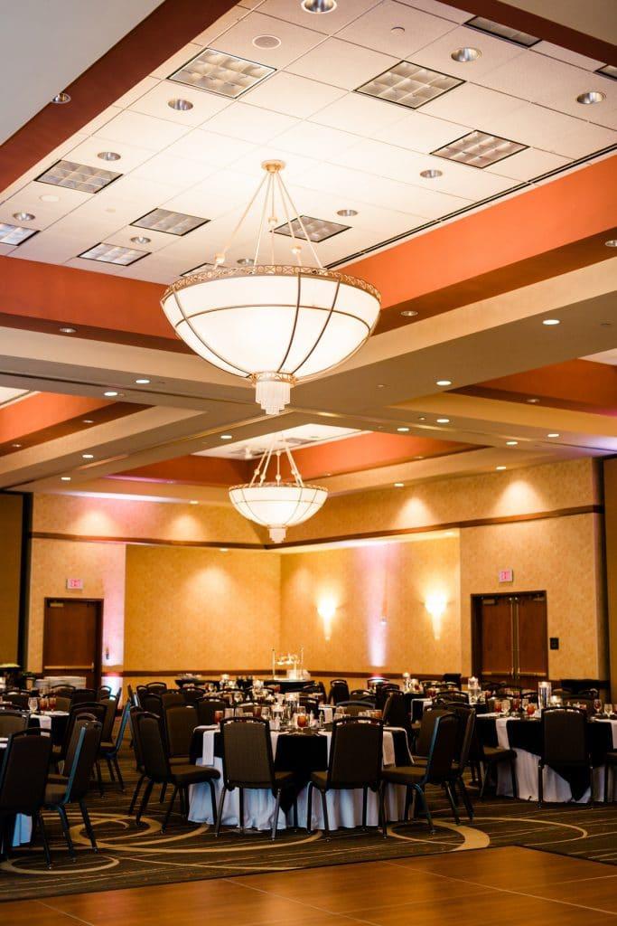 Nashville Wedding Photographers, Embassy Suites Cool Springs Wedding Reception