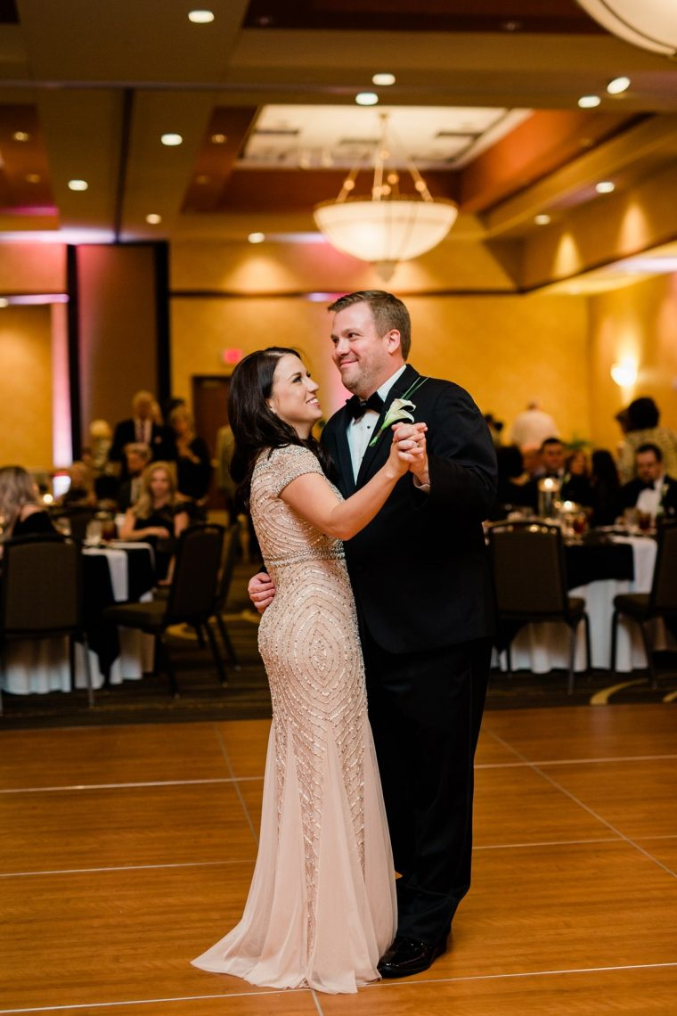 Nashville Wedding Photographers, Embassy Suites Cool Springs Wedding Reception, First Dance for Bride and Groom
