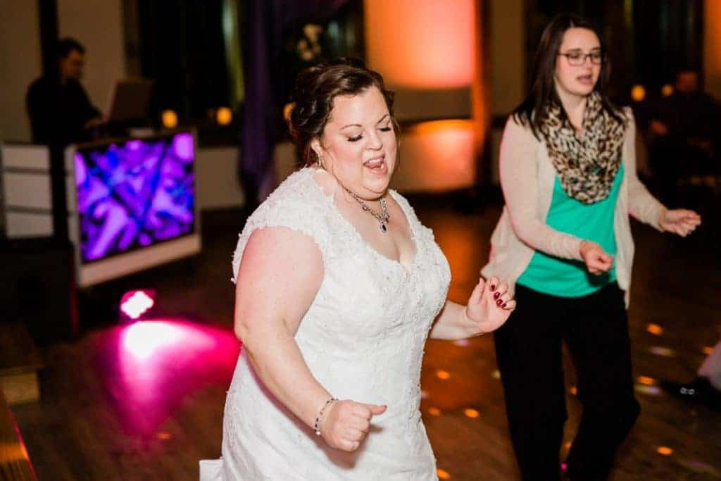 St. Louis Wedding Photographers, Silver Oaks Chateau Wedding, Reception Dancing