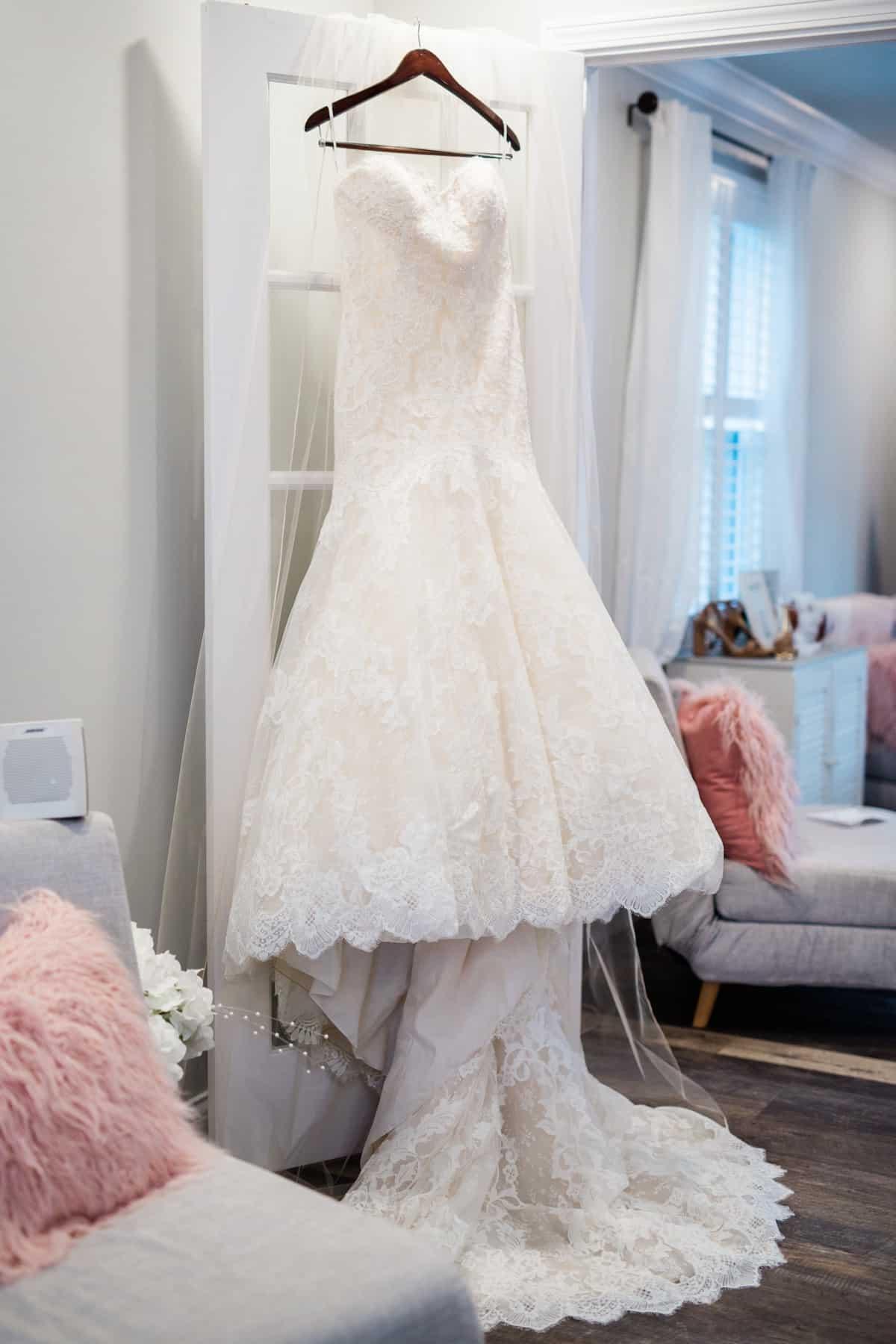 St. Louis Wedding Photographer, Piazza Messina Wedding, St. Louis Wedding Venue, Wedding Dress