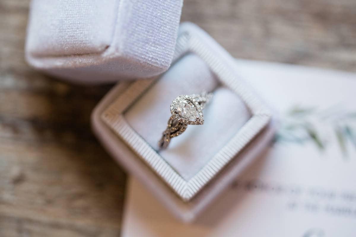 St. Louis Wedding Photographer, Piazza Messina Wedding, St. Louis Wedding Venue, Wedding Details